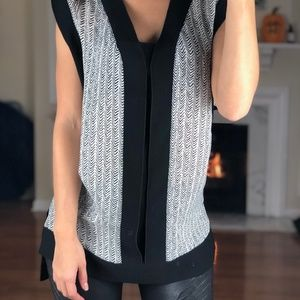 Banana Republic Sleeveless Oversized Career Tank